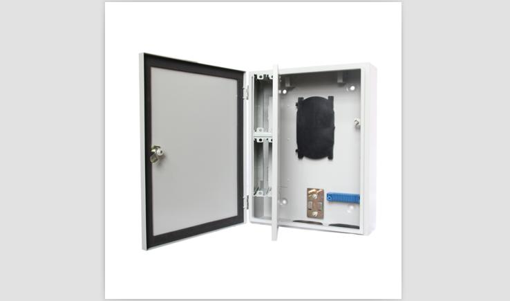 1分32插卡式室外防水分光箱(FGX021)